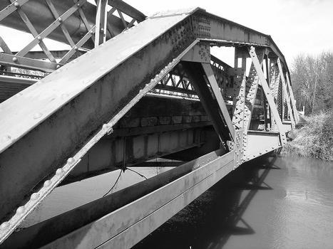 Bundy Road Bridge