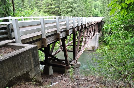 Cascadia Park Bridge