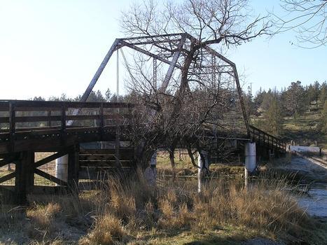 Louie Road Bridge