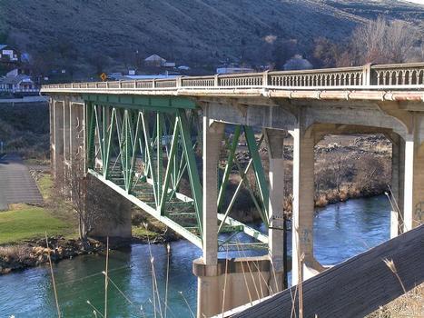 Deschutes River Bridge