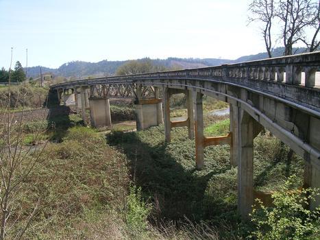 Calapooya Creek Bridge (Oakland Bridge)  Oakland, Oregon, USA