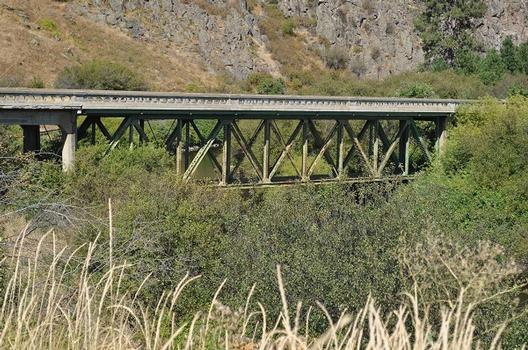 Old Rhinehart Bridge
