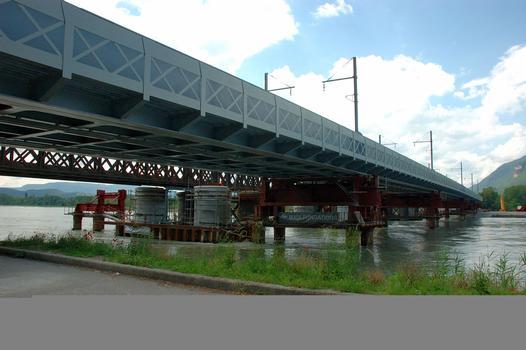 Pont de Culoz (entre Culoz et Vions) - Nouveau pont lancé sur les piles provisoires en amont