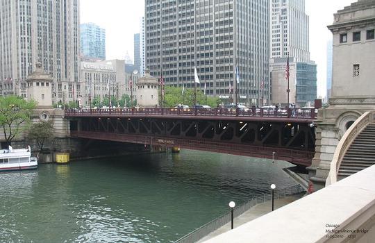 Chicago: Michigan Avenue Bridge