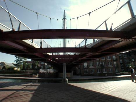 William O. Lee Memorial Bridge