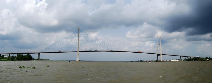 Pont de My Thuan