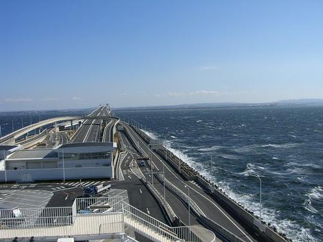 Tokyo Bay Aqualine