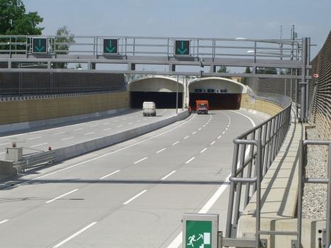 Autobahn A 113
