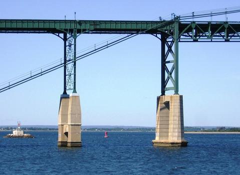 Mt. Hope Bridge, between Portsmouth and Bristol, Rhode Island, USA
