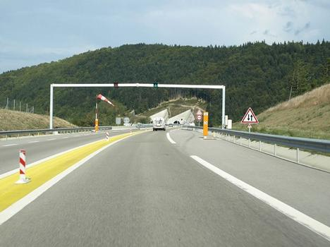 Tunnel of Sinard from the South Side of Monestier de Clermont, direction Gap -> Grenoble