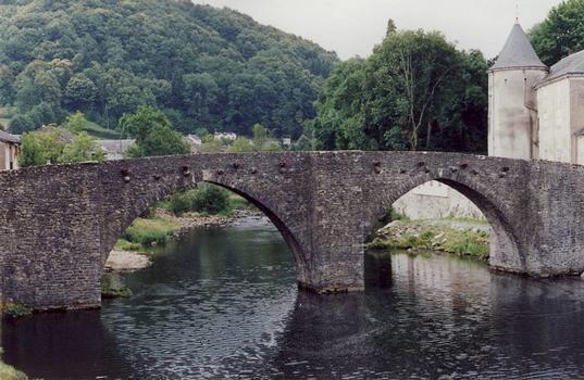 Brassac (Département Tarn), Pont Vieux
