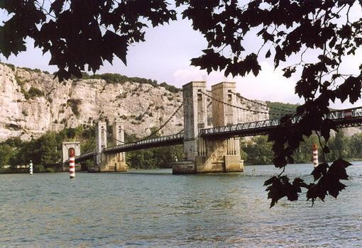 Robinet Suspension Bridge