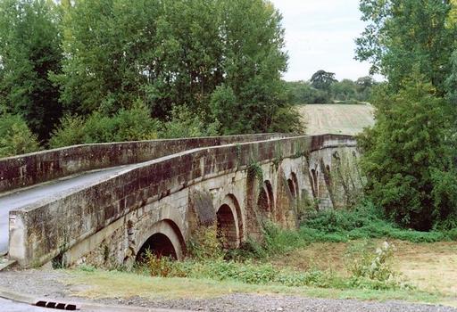 Airvault, Pont de Vernay