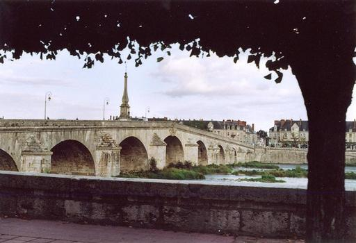 Pont Jacques-Gabriel