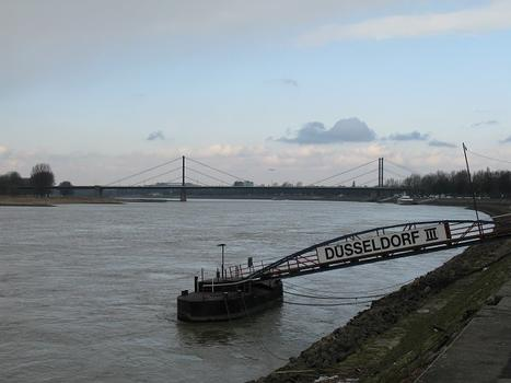 Düsseldorf, Theodor-Heuss-Brücke