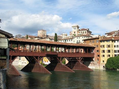Ponte degli Alpini