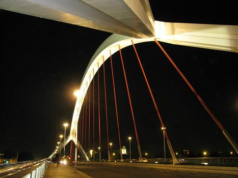 La Barqueta Brücke