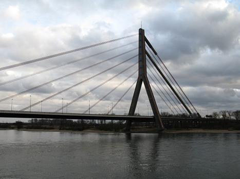 Düsseldorf, Fleher Brücke (1979)