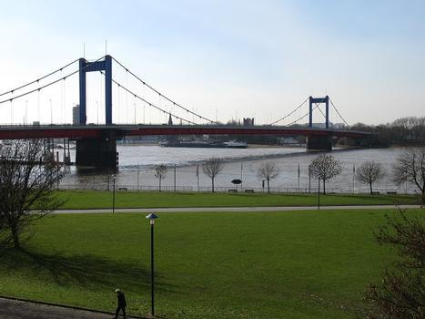 Duisburg, Friedrich-Ebert-Brücke