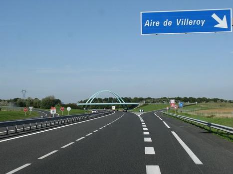 Pont de l'aire de Villeroy
