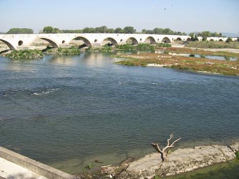 Pont St. Esprit