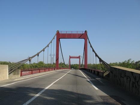 Bollène Suspension Bridge