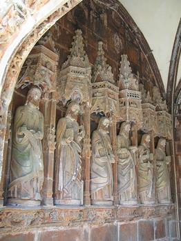 Pencran, Finistère, Notre Dame: Apostelfiguren im Narthex