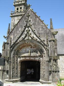 Pencran, Finistère Pfarrbezirk Note Dame, flamboyantes Kirchenportal