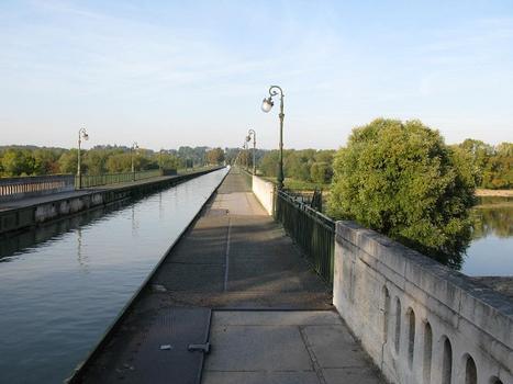 Briare Canal Bridge