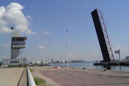 Brücke an der Schleuse François I., Le Havre