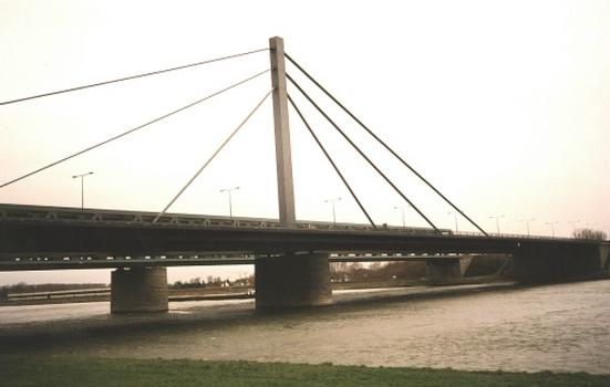 Straßenbrücke Maxau