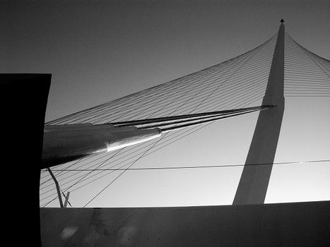 Jerusalem Light Rail Bridge