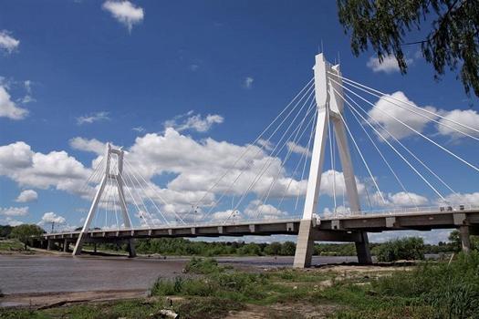 Puente Atirantado sobre el Río Cuarto