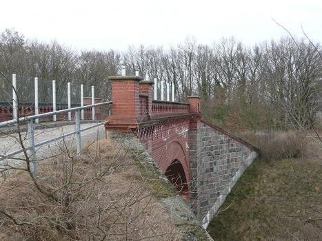Löwenkopfbrücke Ansicht von Südwest