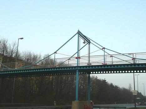 Kettenbrücke Neuperlach Detail Pylon