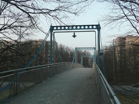 Kettenbrücke Neuperlach Überbau Gehweg