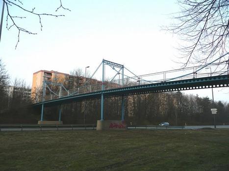 Kettenbrücke Neuperlach Blick von Südwest