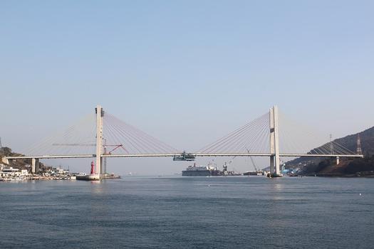 Second Dolsan Bridge