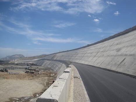 Mur de souténement de la plateforme littorale de Tanger Med
