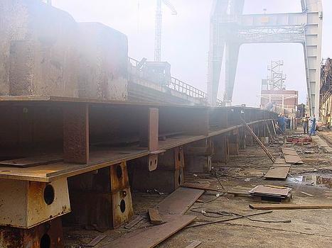 Überbau für die Brücke der Verteidiger Kroatiens (in Rijeka) im Hafen