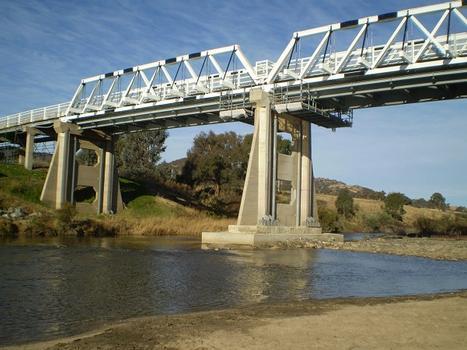 Tharwa Bridge