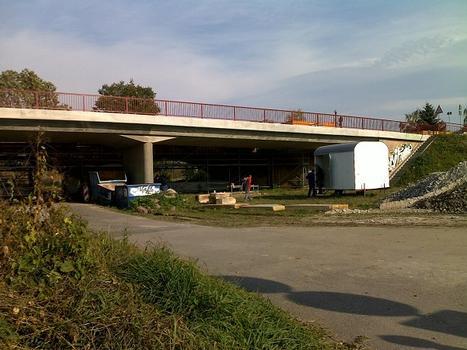 Saalebrücke Naumburg-Roßbach (B 180)