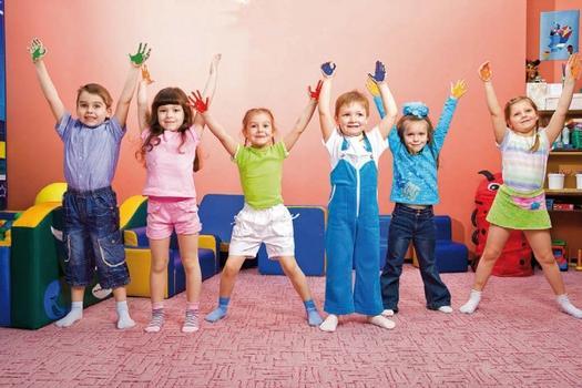 Wohngesunde Produkte in Kindertagesstätten fördern sichtlich Wohlbefinden und Gesundheit der Kinder : Wohngesunde Produkte in Kindertagesstätten fördern sichtlich Wohlbefinden und Gesundheit der Kinder