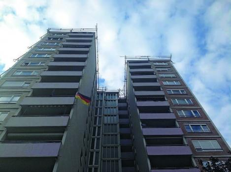 Die Schilling Gerüstbau und Bedachungen GmbH in Bensheim setzt das Sifatec-System auch bei der Sanierung von Hochhäusern ein