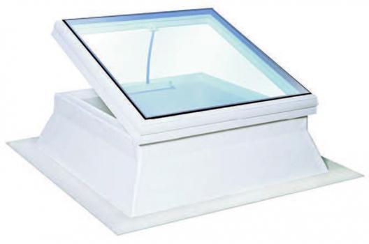 essertop® 4000 Glas, das glasklare Eternit Flachdachfenster, ist in 17 verschiedenen Größen lieferbar