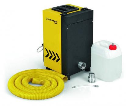 Der Nebel- und Rauchgassimulator FS200 wird inklusive 5-Liter-Marken-Nebelkonzentrat FluiTect, einem Füllschlauch mit Kupplungssteckern sowie 5 m Nebelschlauch geliefert