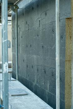 Korrekt befestigte Dämmplatten ohne Aufklaffen der Fugen genügen höchsten Ansprüchen an den Passivhausstandard. : Korrekt befestigte Dämmplatten ohne Aufklaffen der Fugen genügen höchsten Ansprüchen an den Passivhausstandard.