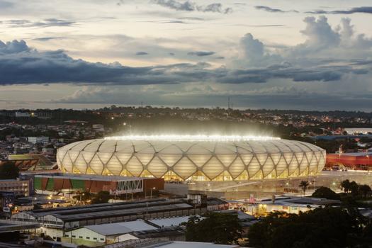 Die Arena ist in einen Sportpark integriert, der auch ein Sambadrom, Leichtathletikanlagen, Mehrzweckhallen und ein Schwimmzentrum beinhaltet. Damit bietet sie ideale Voraussetzungen für professionelle und lokale Sportereignisse und Events
