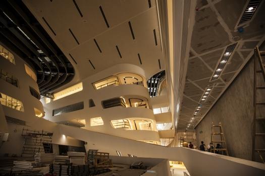 Library & Learning Center (LLC)