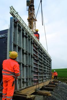 Un support NOEtec a facilité les opérations de coffrage et de décoffrage réalisées par l'équipe du chantier